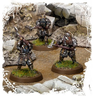 IRON HILLS DWARVES WITH MATTOCKS