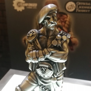 DTR Spincasting Showing Off Statues At SteamCon