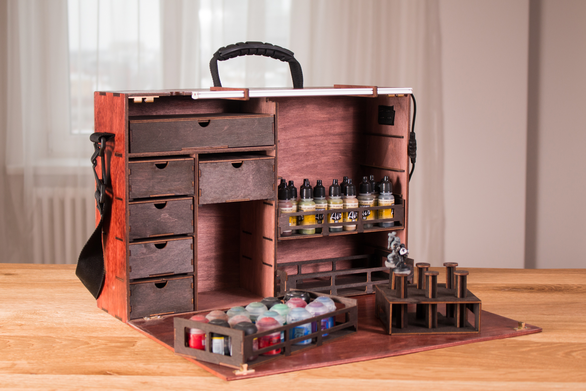 frontier wargaming s portable paint stations model cases
