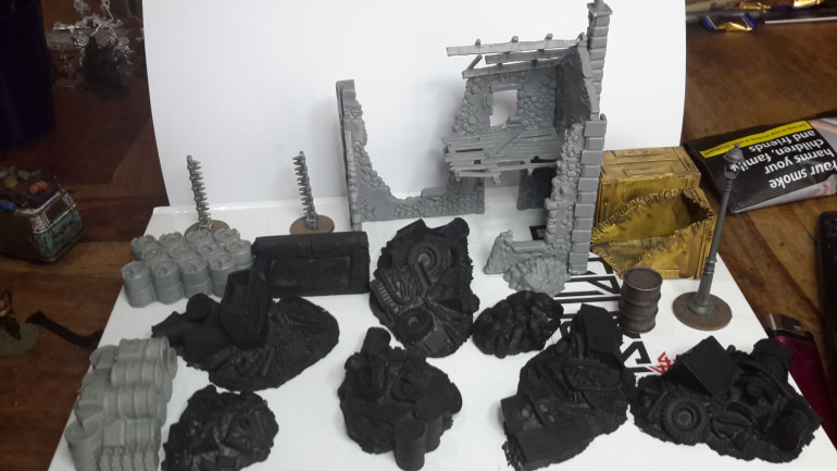 various bits of scatter terrain