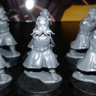 The troops take shape - I'm not sure yet which heads and which weapons