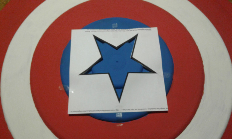 The template for the star - now it is very important to paint accurate