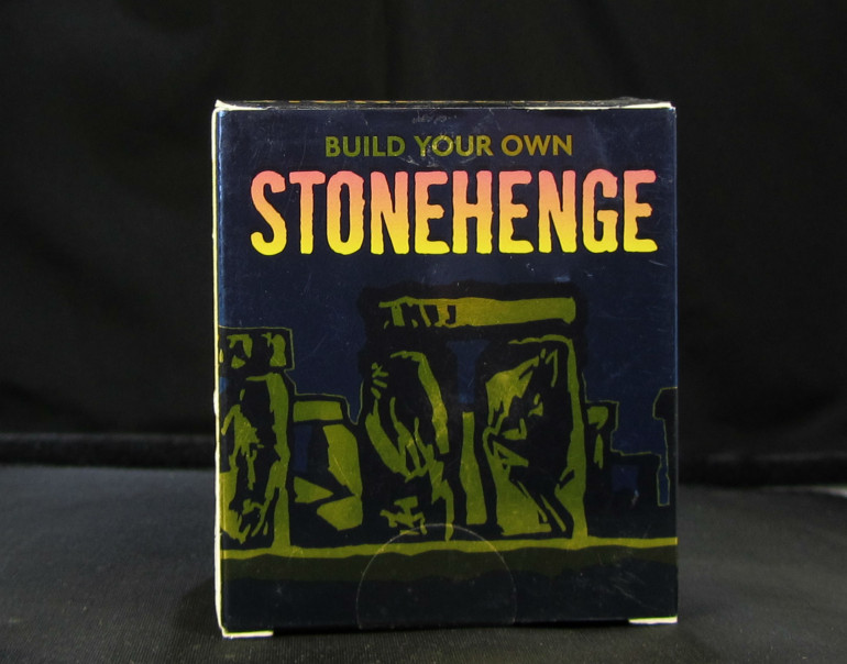 Stonehenge model kit