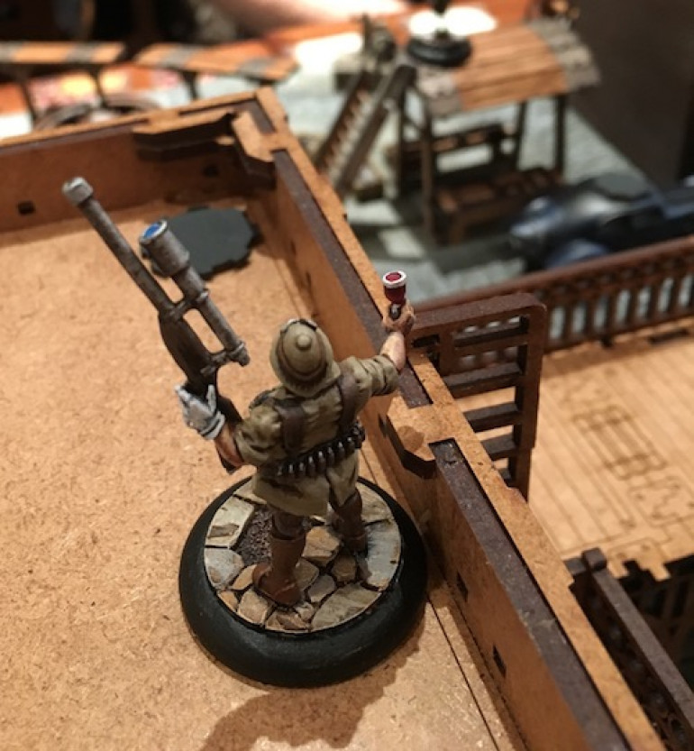 Zachery deploys on the rooftop within sprinting distance of an objective.