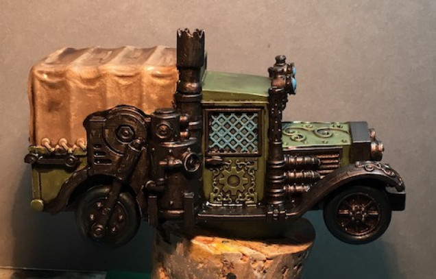 Agrax Earthshade was used to completely cover them model.