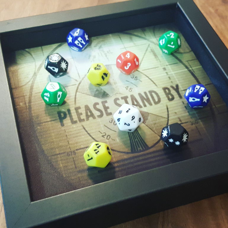 Ah - the goodies arrive so I now have the proper dice to update the image. Now that's a satisfying roll!!