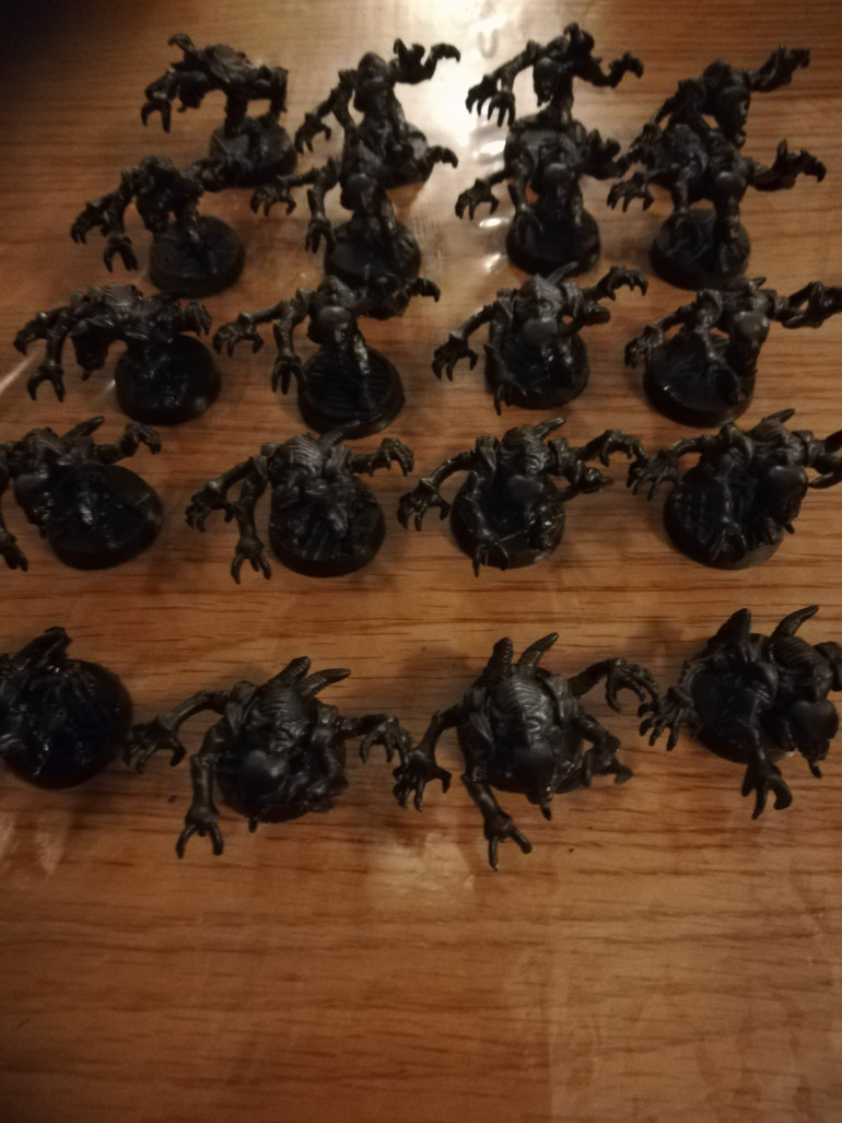 The genestealers have had another undercoat to get them ready for a new paint scheme