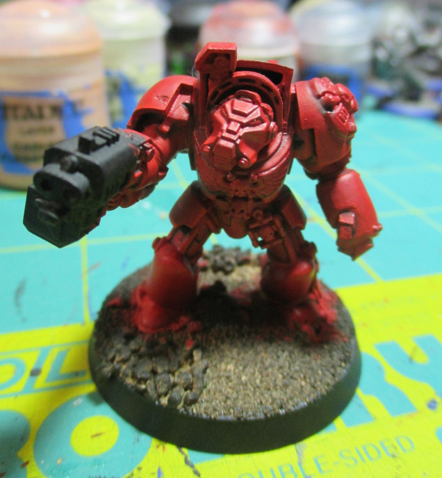 After the highlight of Evil Sunz Scarlet the miniature looks really nice.