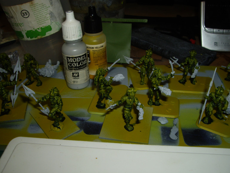 Painted weapons gray ready for army painter blue and dark tone