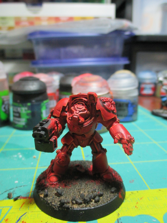 The miniature really stands out after the additional highlight.