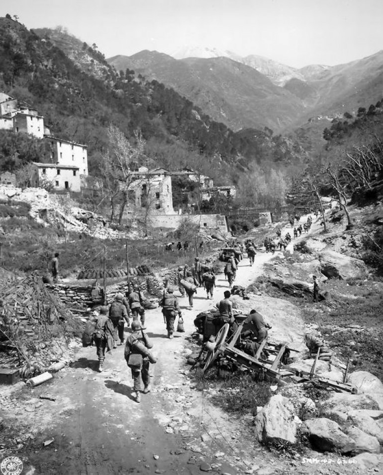 US 92nd Infantry (Buffalo Soldiers) in Tuscany, 1944