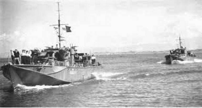 The 1st Dogboat Gunboats on the way to the Med