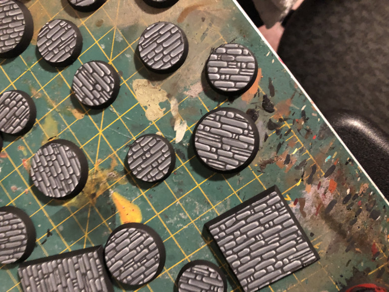 Bases with final highlight and recess shading