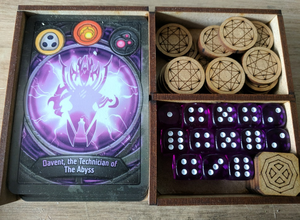 KeyForge Travel Box #3 - magrathean-apprentice