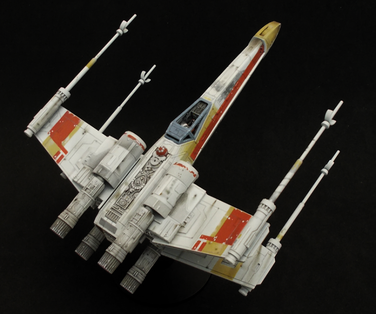 Red 2 X-wing model in 1/72 scale from Bandai - Part 3