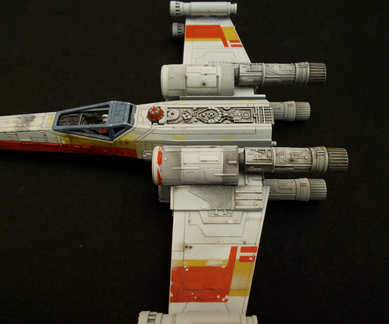Red 2 X-wing model in 1/72 scale from Bandai - Part 2