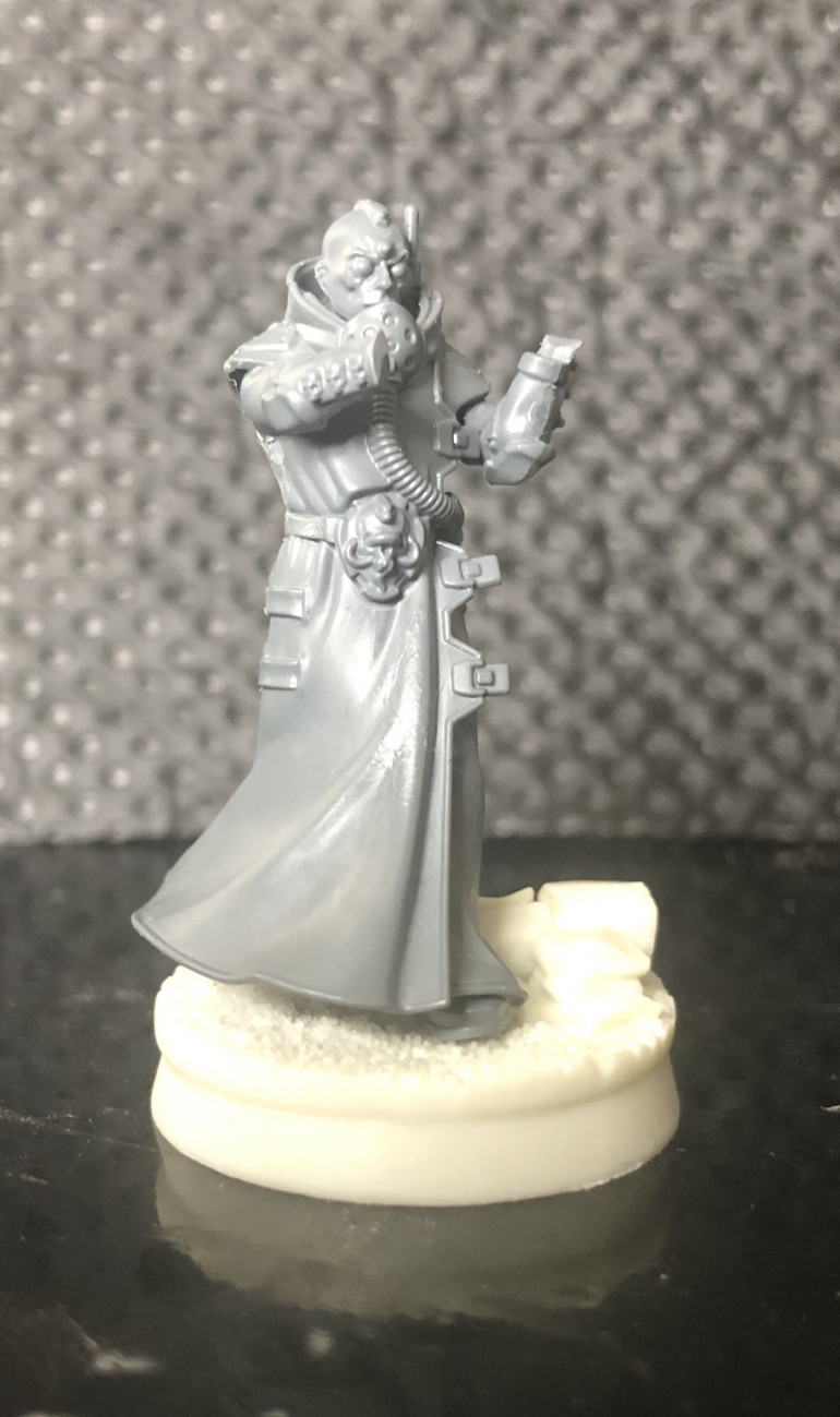 Need to get my hands on two more fletchet pistols for him (thinking of getting anothe Delaque box and a box of the new GSC bikers to kitbash some Delaque bikers just for fun, so might get them from there).