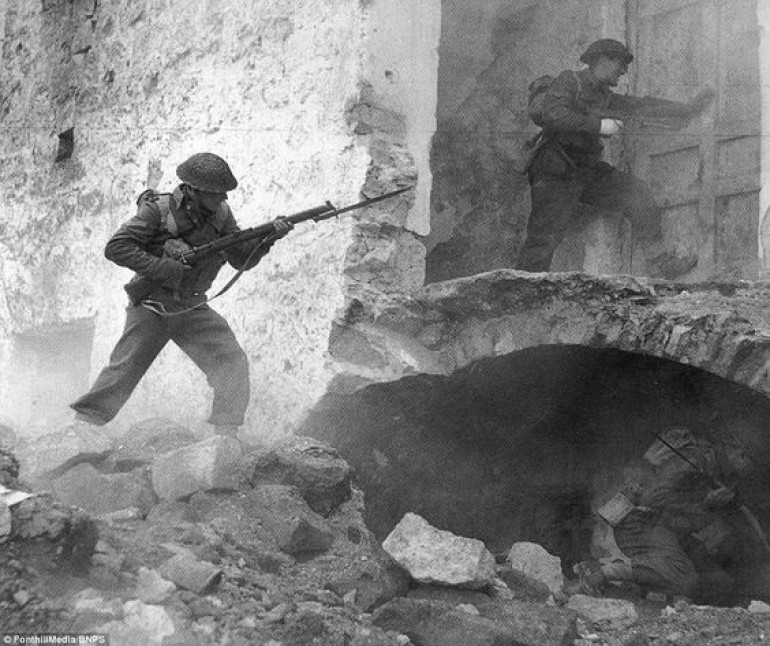 Clearing Buildings in the Town of Cassino