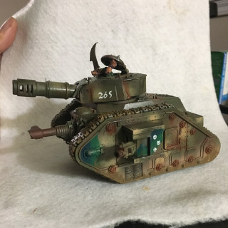 Leman Russ Battle Tank: heavy weathering