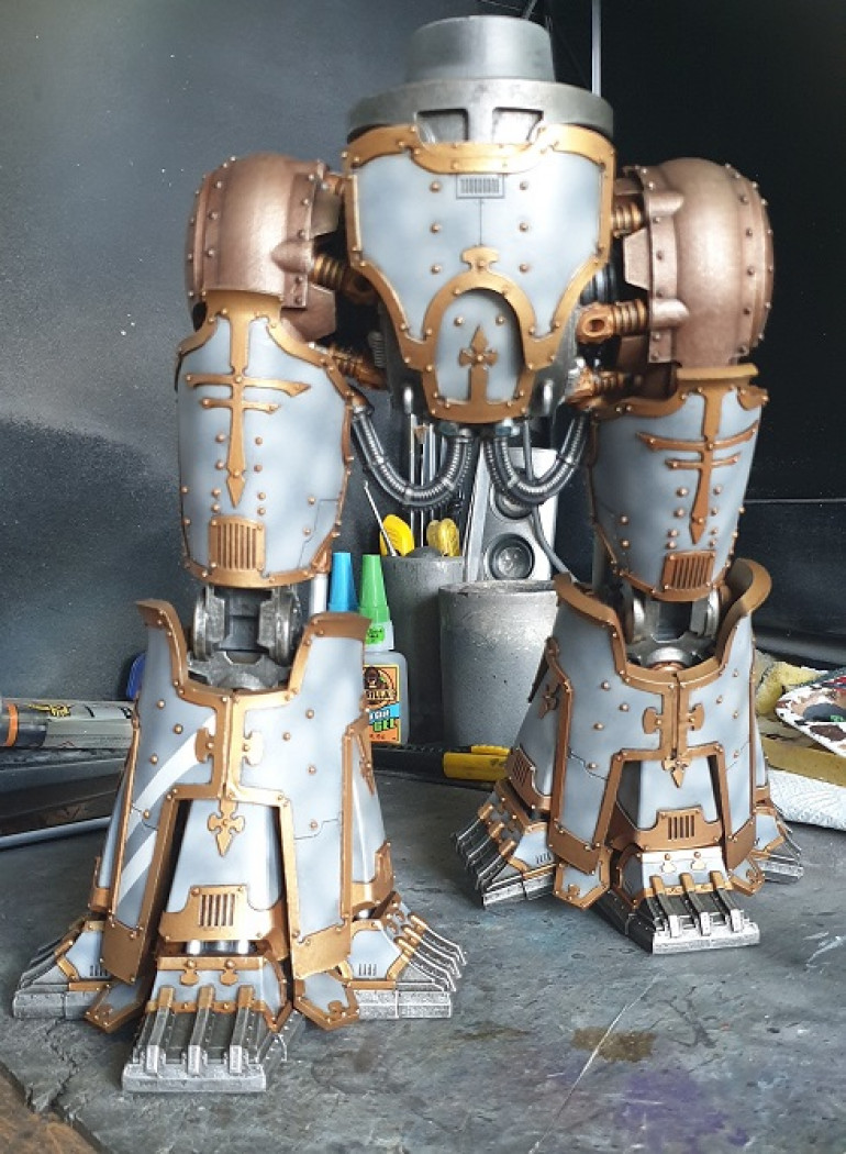 Leg armour fully attached (minus the knee pads)