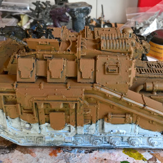 3rd Armoured Division Savlar Chem-Dogs – Tank A- Solar Auxilia Dracosan Armoured Transport – Painting Part 1