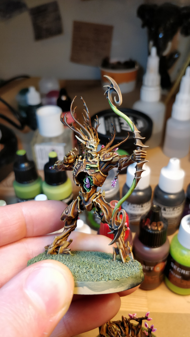 One of three Kurnoth Hunters.  Again, quite pleased with the colour scheme and enjoyed painting mostly with washes and shades.