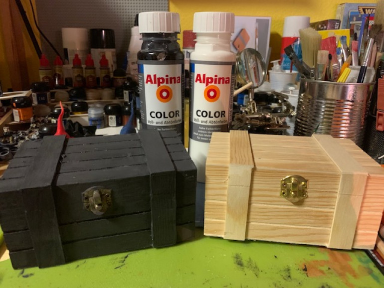 Token and card boxes - first steps