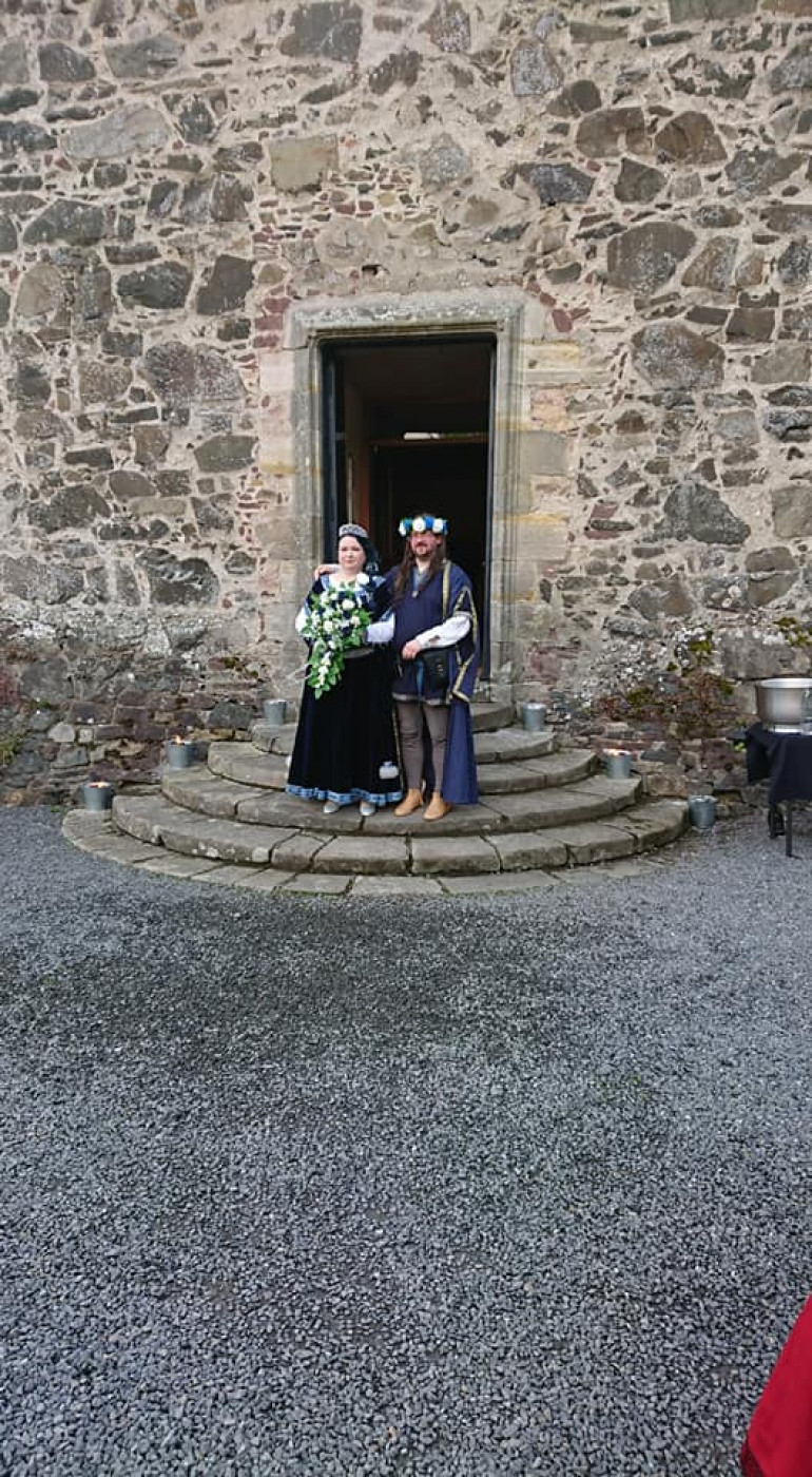 No medieval themed wedding is complete without a castle.  This is the stunning Neidpath Castle outside Peebles.