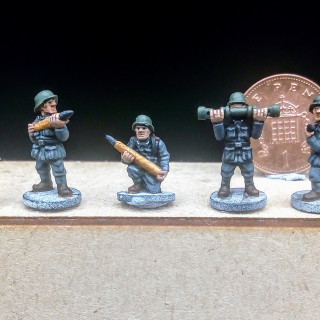 First Artillery Crew Finished
