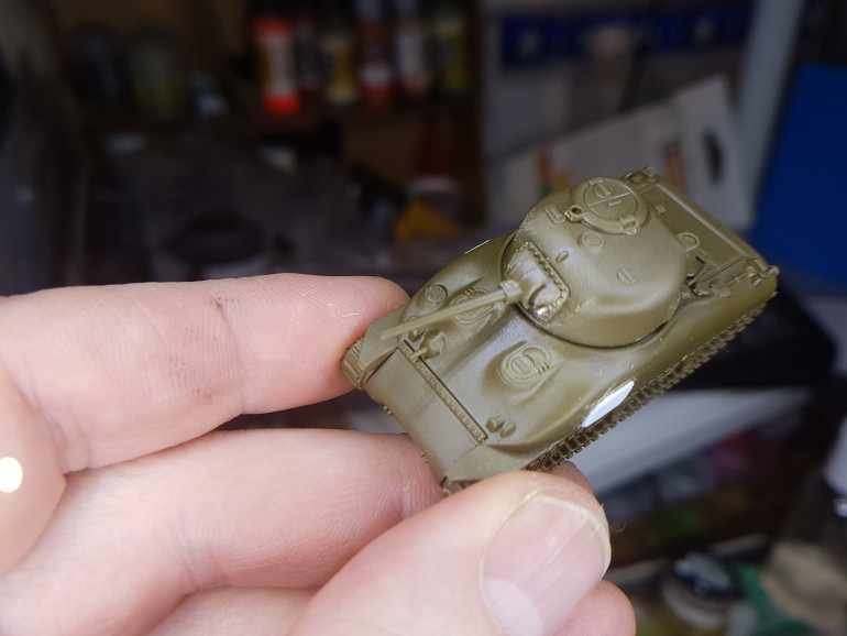 Felt the base mantlet supplied was a bit simplistic so rounded its flanks and added the MG