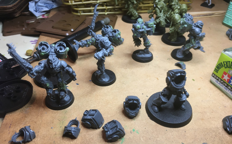 Finished the Raptors.  Added lots of little boils and gribbly bits to them.  Papa N is starting to reward their loyalty and service.