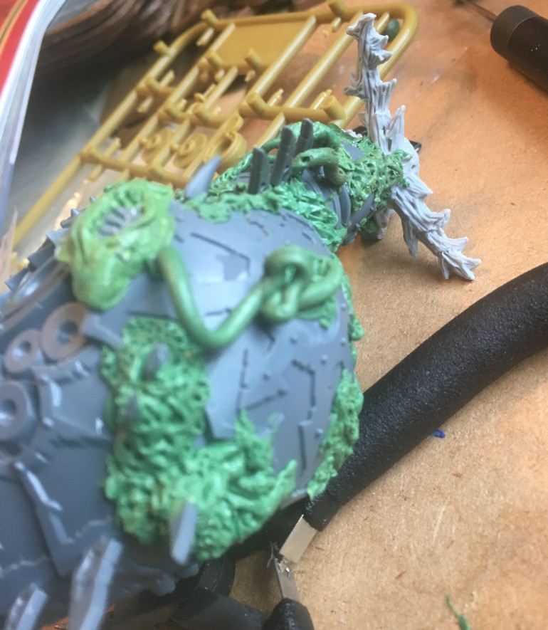 No Nurgle model is complete without bowels on the outside!