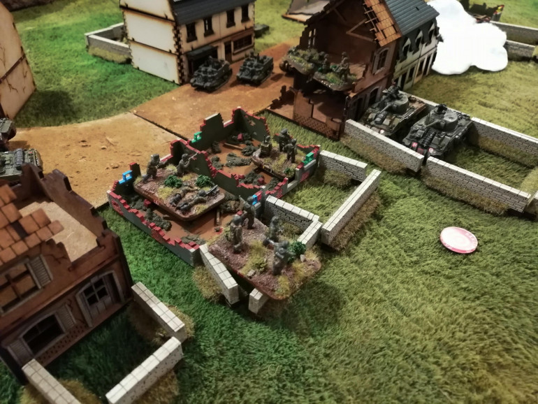 The Fallschirmjager Company Command and what's left of 2sqd face off against Tank Platoon 1 and Green Platoon in the ruined building