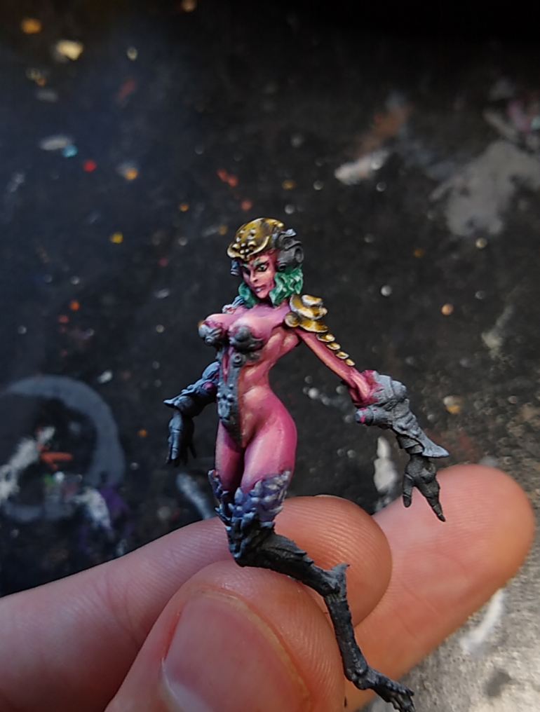 I did a good bit of work here without much in the way of WIP pics, but I'll show you some for her right arm