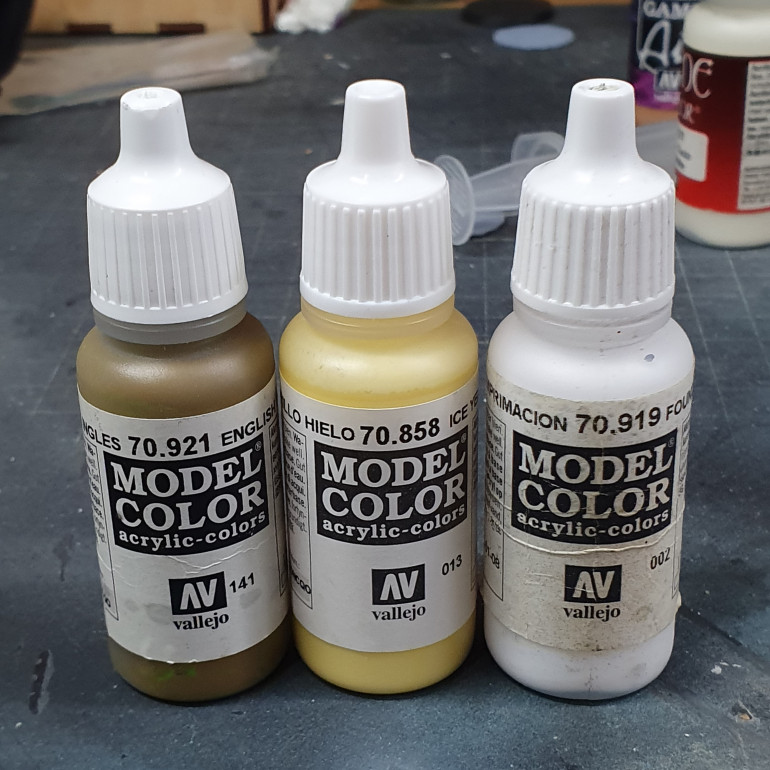 Paints used to paint the sword tabard.