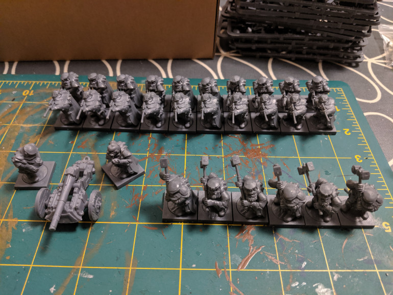 Starting to build the army boxed set. One cannon, 20 ironwatch and some shieldbreakers.