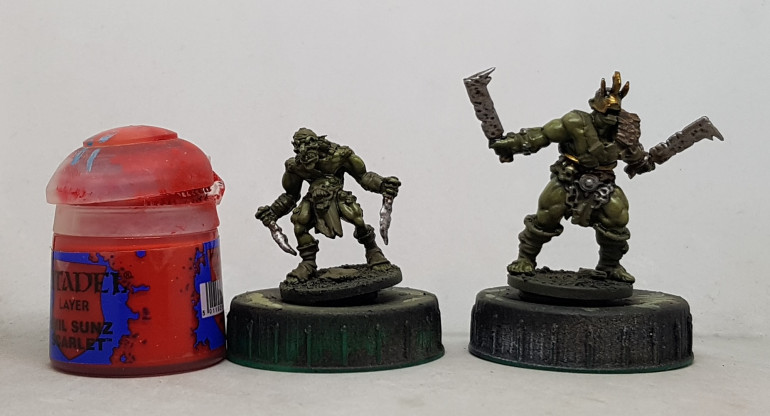 A size comparisson shot of the goblins vs the orks, with an ordinary reference paint pot for scale