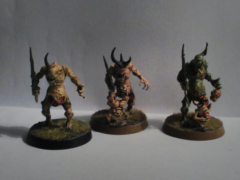 3 units of plague bearers done, each unit of 10 has a different skin colour