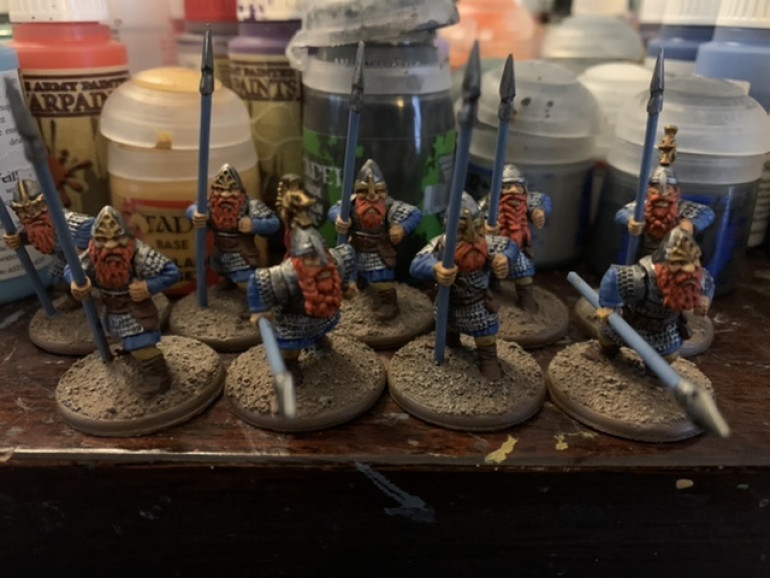 Here all the washes have been completed. Next up is basing and shields.