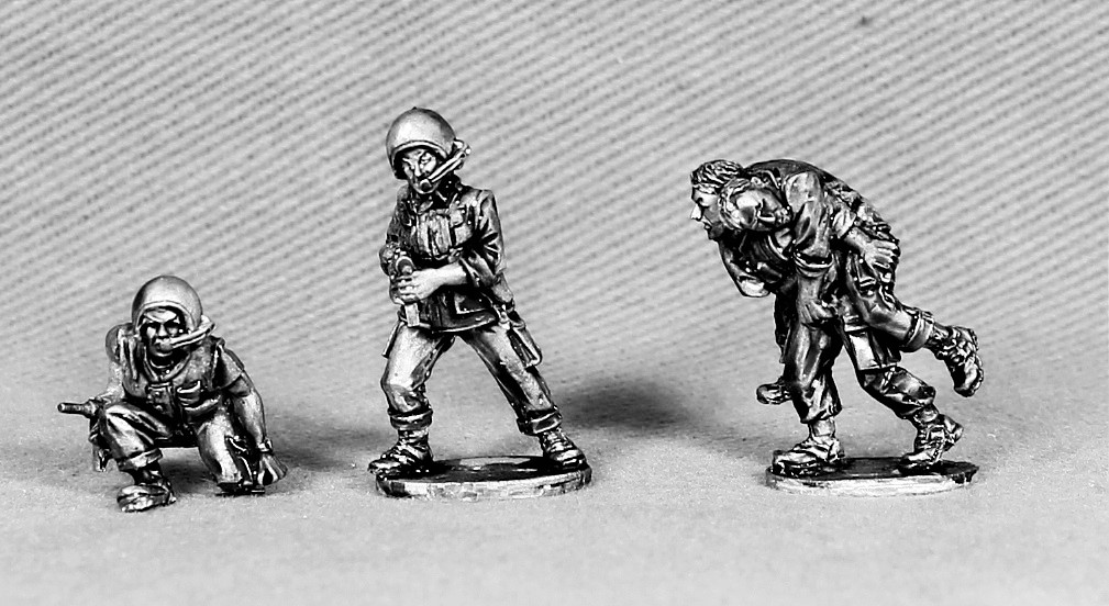 Bailed Out Armour Crew - Empress Miniatures
