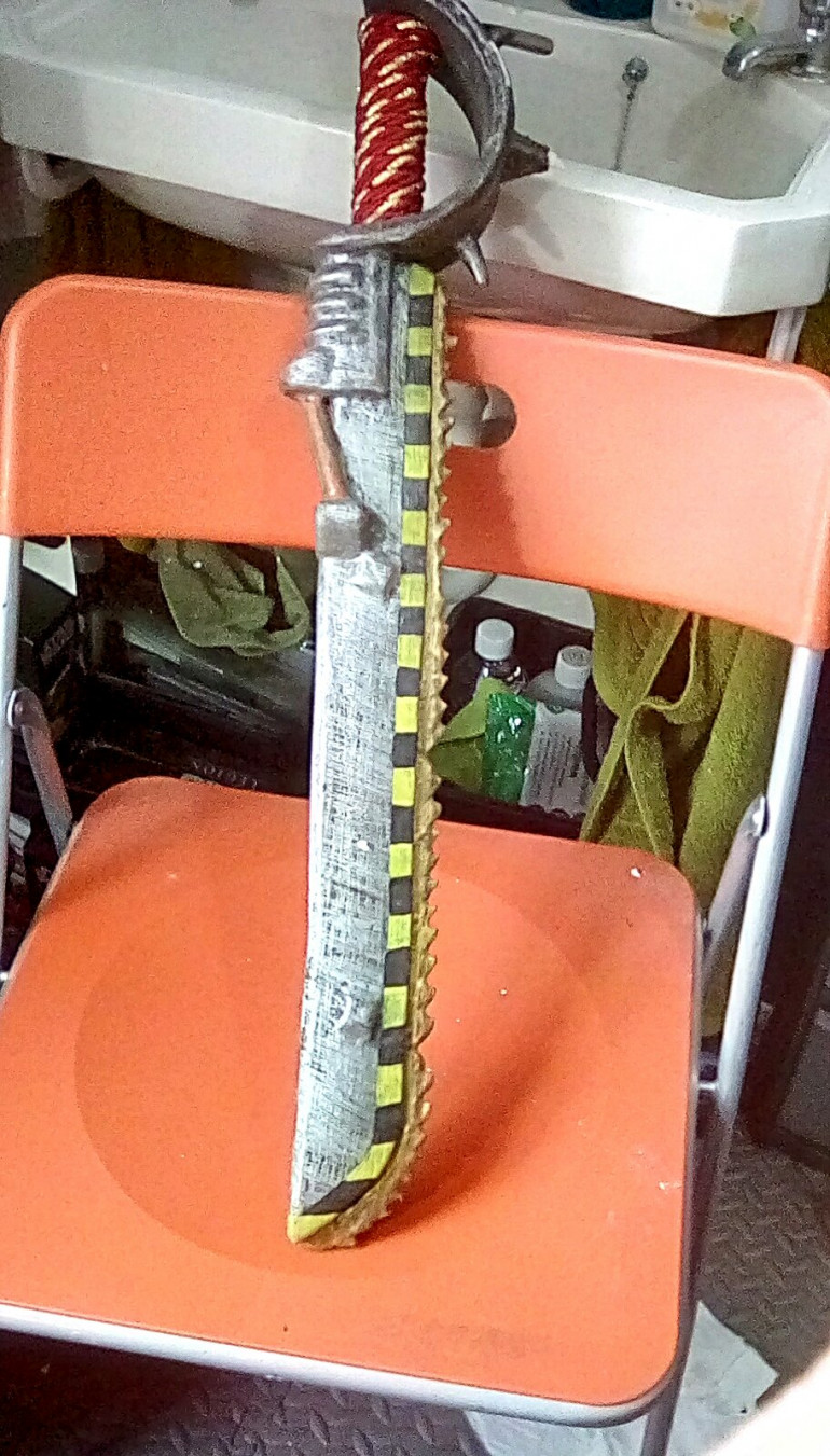 The chainsword of +1 bendiness....
