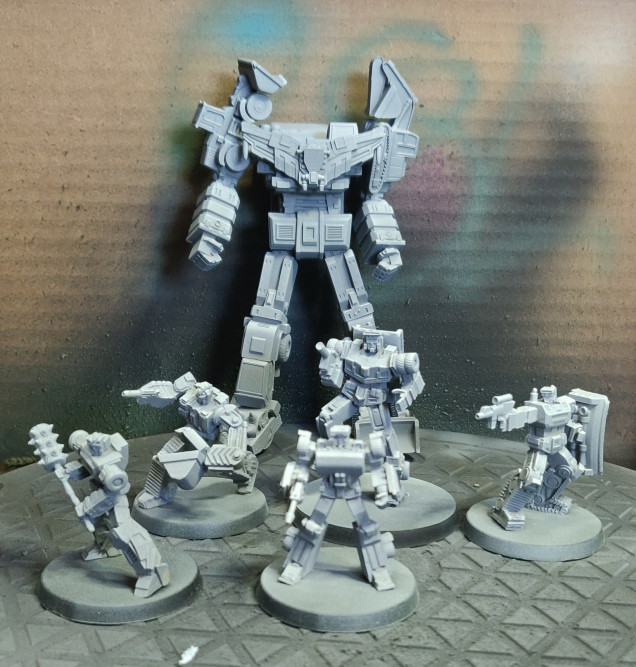 All bots primed, big bot is just tacked together as I will be painting him in sub assemblies