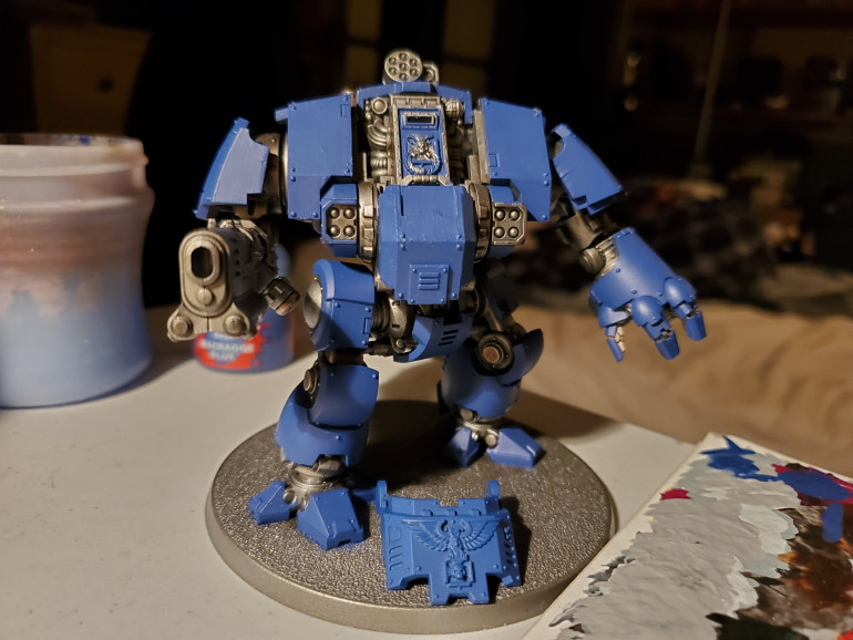 The first stage is to get the basecoat on. As a famous man once said; 'two thin coats'. A smooth, solid colour is what you want here. In a few places I put it on a bit thick, but the overall look works for me. Obviously, I used Macragge Blue here, but you can choose different colours for different chapters.