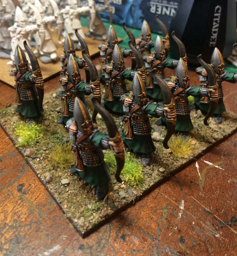 So i got in from a hard week of nightshifts and sat down to watch the guys hobby progress on XLBS. Thought to myself, i still need to varnish that regiment of archers i painted on my last days off, and its a nice dry day.