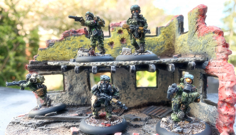 Road Wardens Gang from Lead Adventure Miniatures