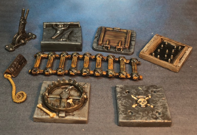 The retail set comes with a big boulder as part of the traps but I had already painted and photographed that with with the traps I received as Stretch Goals so didn't include it here.