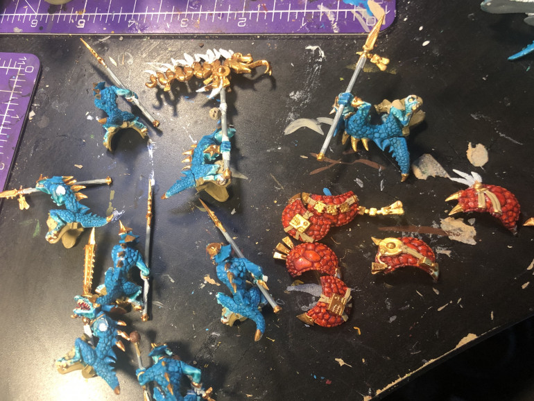 Almost done with the Paint job on the Saurusknights/ Saurusriders