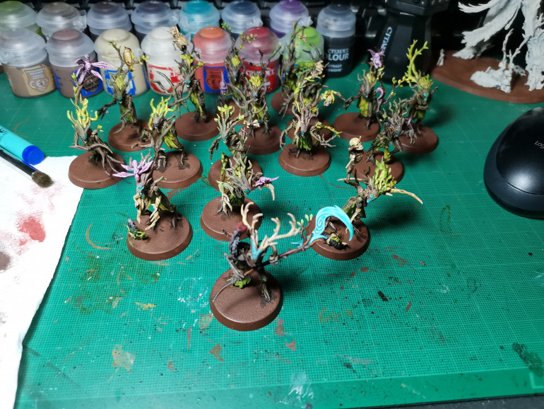 The Dryads and Treebeards brother are looking not to shabby, even my photography got better as the prokect went on. The final step is the base. As I outlined at the beginning of the project I wanted to create a vibrant, loamy forest floor.