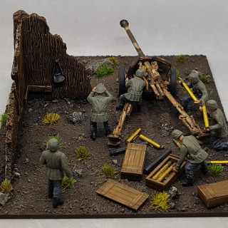 PAK 40 Crew, Base and Assembly