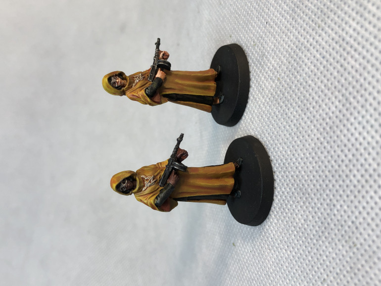 Hastur cultists were a good opportunity to practice yellow contrast paint and highlights.